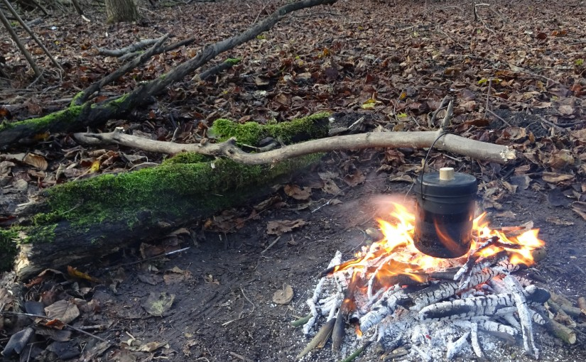 How to suspend your pot over a camp fire