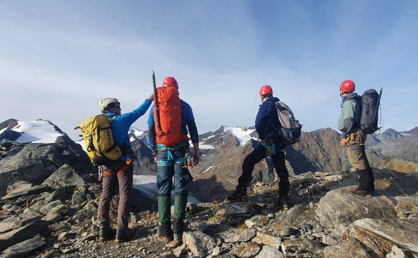 Mountaineering course in the Ötztaler Alps in Austria